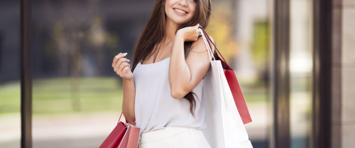 Summer Fashion Trends at Palm Valley Plaza